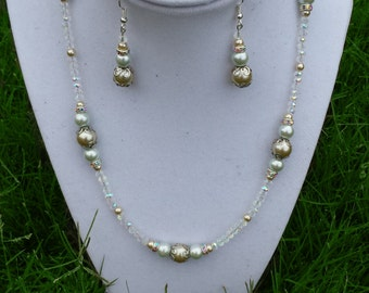 19 inch Gold and White Formal Beaded necklace / prom / wedding / gift