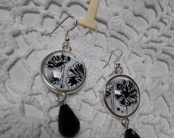 Black and white elegant floral earrings