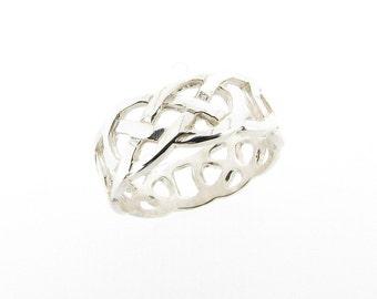Sterling Silver Celtic Design Band Ring - Sizes J - Z