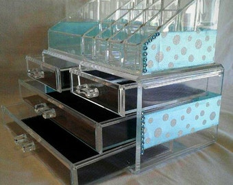 Tiffani Blue Makeup Organizer