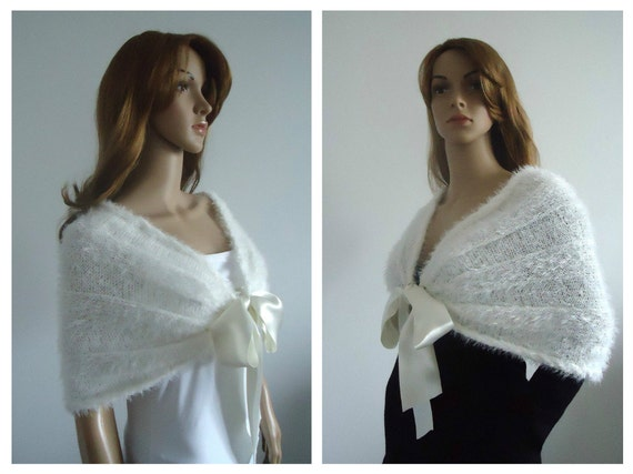 Wedding capelet Cape Ivory White Wrap  bridal wrap faux fur cover up womens knitted clothing knit capelet 100% hand made Women Poncho