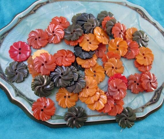 Vintage Flower Buttons 81