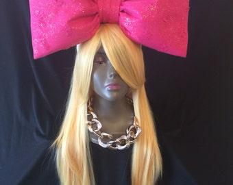 Nicki bow