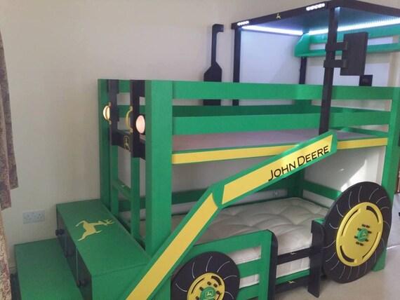 articles similaires lit superpos tracteur sur etsy. Black Bedroom Furniture Sets. Home Design Ideas