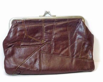 Vintage 1970's FOXY BROWN Leather Patch Change Purse