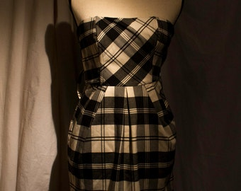 1990s Candies size 3 Black and White Plaid Sleeveless Dress