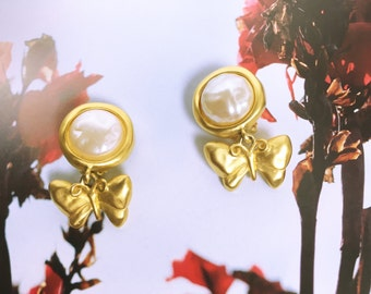 GIVENCHY 70's-80's vintage Butterfly gold pearl earrings