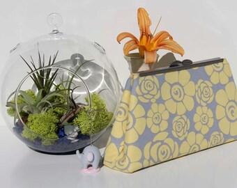 Clutch,Modern metal frame,Yellow,Floral
