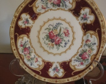 Royal Albert sandwich plate with boder in red & floral  dia size 16cm