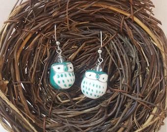 Playful owl earring