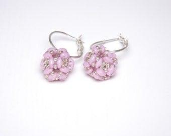 Light purple beaded earrings, Elegant earrings, Drop earings, pink hoop earrings, ball earrings, gift for her, wedding earrings