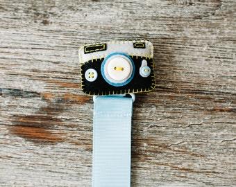 Best quality Pacifier Clip, Handmade Pacifier Clip, Girl Pacifier Holder, Babyshower, Binky Clip, Baby Gift, Paci Clip, Camera Pacifier Clip
