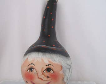 Witch Halloween Hanging Hand Painted Gourd Maryln Doltial 1994 Talented painter artist Fall Gourd