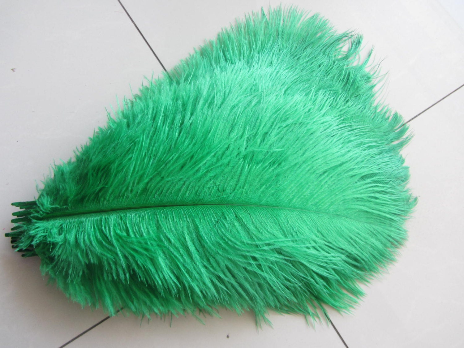 Green forest ostrich feathers for handmade items