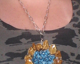 Necklace with stones embedded in resin