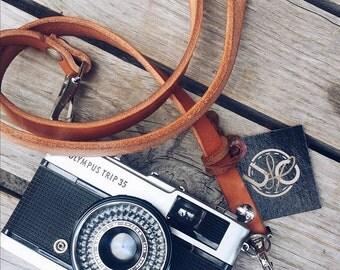 Minimalist Camera Leather Strap