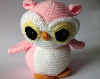 Crocheted animal Anne Owl