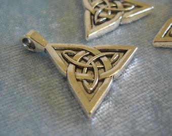 3 x Celtic Triquetra Charms - Tibetan Silver