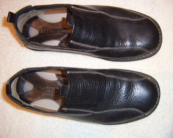Born Black Slip-Ons