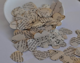 Paper hearts / Vintage wedding decor / Wedding centerpieces / Wedding decorations / Love / romantic