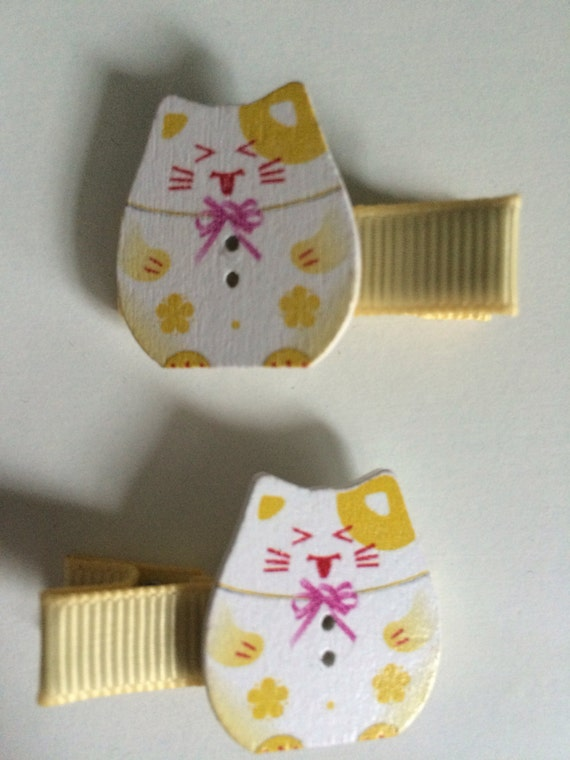 Lucky Chinnese Cat Wooden Hair Slides - Pair in Yellow
