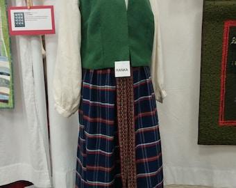 Ranka - Latvian Folk Costume