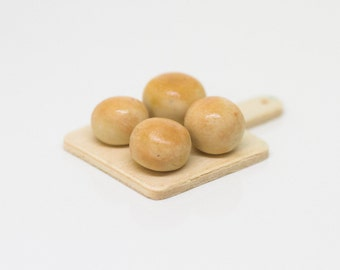 Bread Rolls // Dollhouse food // Miniature food //