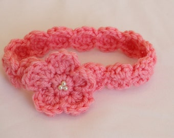 Crochet Scalloped Headband with Flower