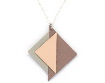 "Handmade necklace leather triangles ""Art deco"" Parma, pink and gray"
