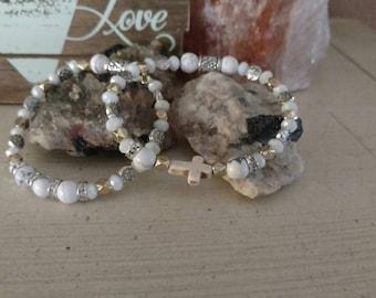 Beautiful set of white turquoise, white glass rondel bracelets.
