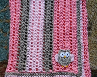 Crochet Baby Blanket with Owl accent