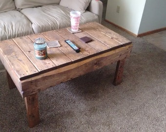 Medium size pallet coffee table
