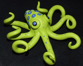 Octopus figurine suitable for wall hanging