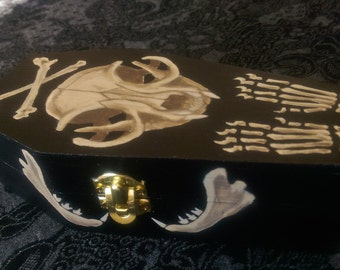 Coffin Keepsake Box with Cat Skull and Bones Design