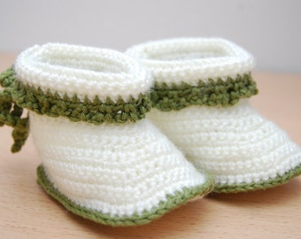 Hospital Outfit | Baby Booties, Crochet Baby Booties, First Christmas, Hippie Clothes, Gift for Baby Niece, Baby Girl Outfits, Baby Gift