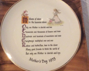 Mother's Day 1973 holly hobbie porcelain plate