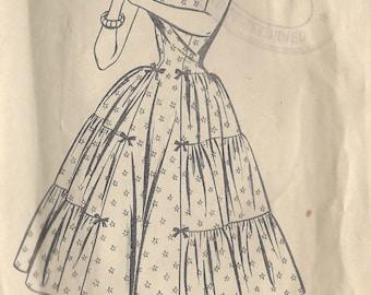 1950s Vintage Sewing Pattern B36 DRESS (1222) Style 973