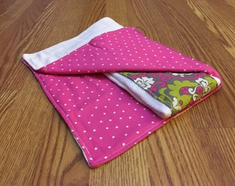 Pink and green - Burp cloths - set of 2