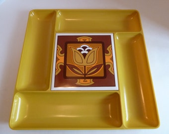 Retro Melamine Plastic Tray/Mid-Century Cheese and Cracker Tray with Tile/Midcentury divided serving tray/1950's/Amber/Orange/Tulip