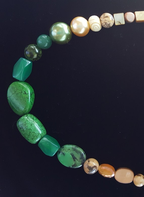 Jade Necklace / Green Jasper Necklace / Forrest Colors /  Natural Stone Jewelry / Boho Jewelry / Hippie Necklace / Stone Necklace / NA61064