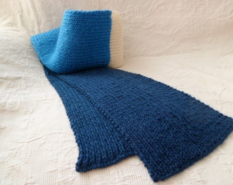 Dark blue scarf adult wool, turquoise and ecru, hand-knitted