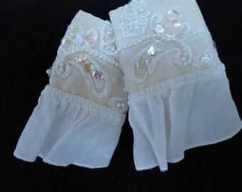 Lace cuffs, Fingerless gloves, Applique Linen Cuffs