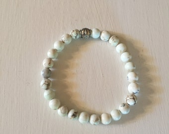 White and Silver Style Bracelet