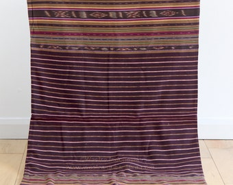Vintage Indonesian Ikat, Maumere Sarong, Flores Ikat, Handwoven Indonesian Textile, Indonesian Tribal Textile, Traditional Ikat Fabric