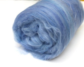 Carded Batt Merino & Silk Sky Blue Fine Merino Wool XL Spinning and Felting Fibre 50g 100g
