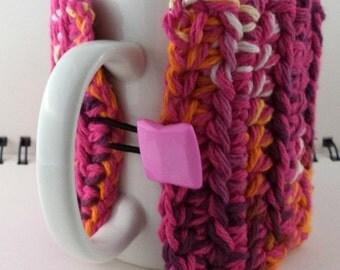 Crocheted Coffee or Ice Cream Cozy, Raspberry Sherbet (SWG-Z04)