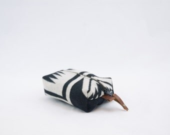 Mini Dopp Bag in Black and White Walking Rock Wool