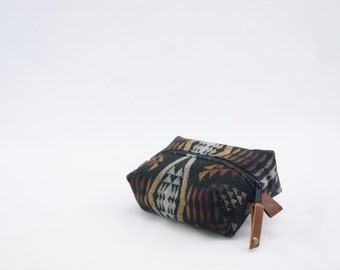 Mini Dopp Bag in Diamond River Wool