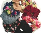 Floral scrunchies // set of 8 scrunchies - 90s flower scrunchie set