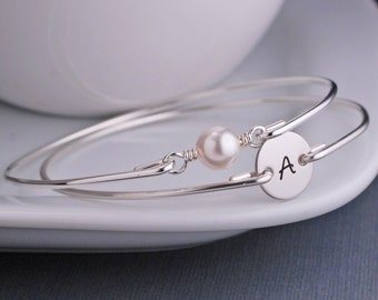 Personalized New Mom Gift, Simple Silver Initial Bracelet Set, Stackable Bangles, Custom Bangle Bracelet